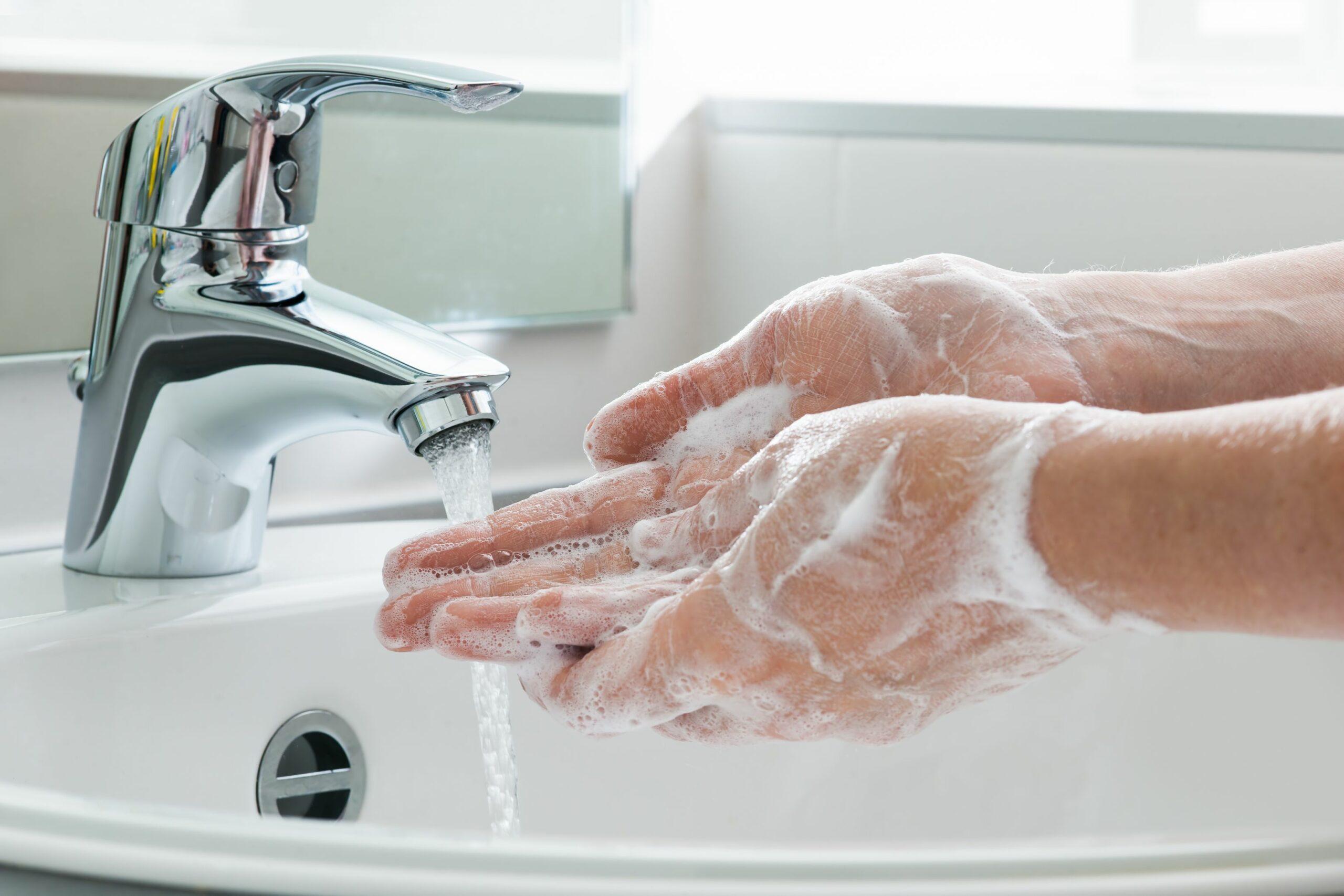 clean-hands-coronavirus-Engels-actueel-Malmberg