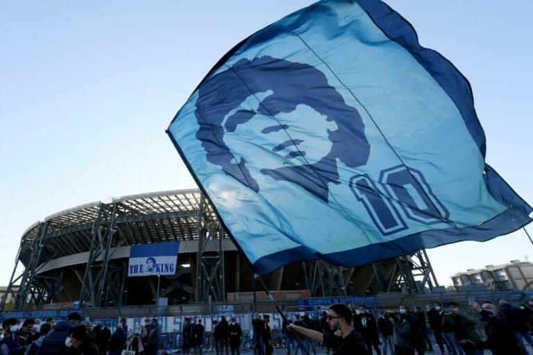 Voetballegende Diego Maradona overleden