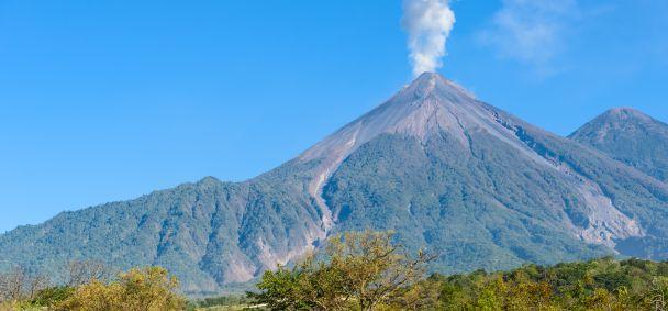 De uitbarsting van El Fuego