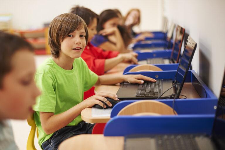 Directe feedback in digitale leermiddelen: succes gegarandeerd?