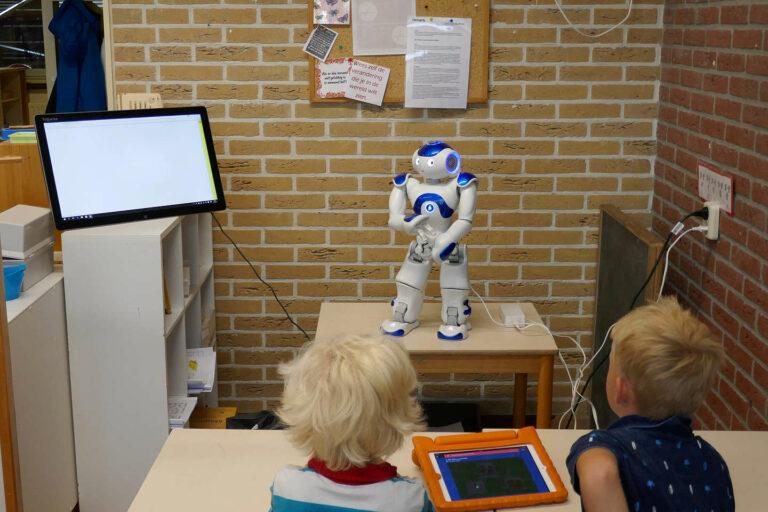Een robot voor de klas?